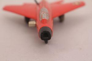 Schuco Micro Jet 1032 Super Sabre Flugzeug Flieger rot Blechspielzeug