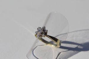 Wunderschöner Damenring 585 Goldring mit Diamanten 0,22 Karat Gr. 53 prachtvoll
