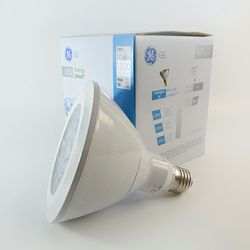 GE Energy Smart LED Strahler E27 PAR38 18W Warmweiss 2700K 1200lm 25°