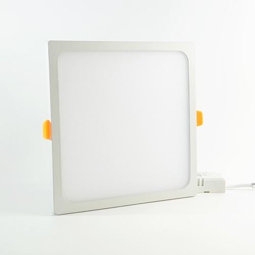 LED Panel slim 145x145mm 15W Warmweiss 1'500lm 110° mit Vorschaltgerät IP20