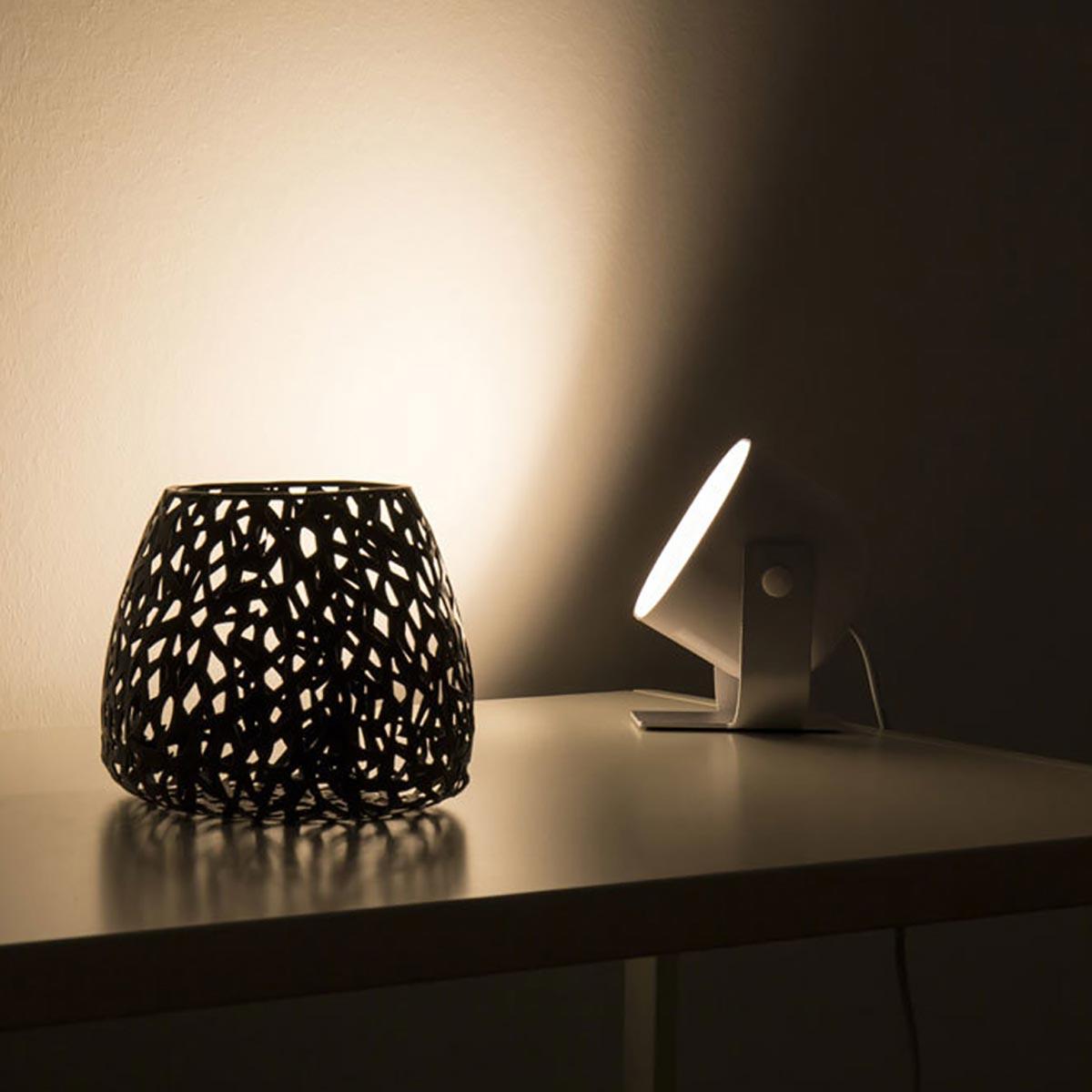 led tischleuchte projektor s idual 8 5w 380lm mit fernbedienung. Black Bedroom Furniture Sets. Home Design Ideas