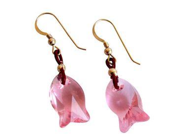 Gemshine - Damen - Ohrringe - Fisch - *Light Rose* - Rosa - Vergoldet - MADE WITH SWAROVSKI ELEMENTS® - 2 cm