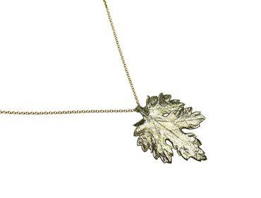 Gemshine - Damen - Halskette - Anhänger - Vergoldet - Blatt - Chrysanthem - Natur - 3,5 cm