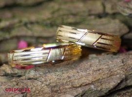 1 Paar Trauringe Eheringe 5 mm Amazing 333 Gold Gelbgold inkl. Gravur & Etui