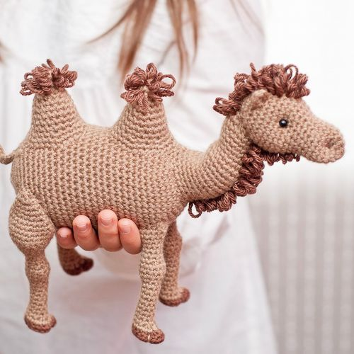Amigurumi | Carmelo, the Camel