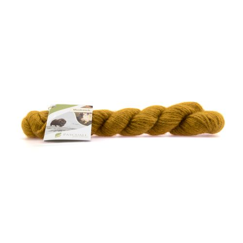 30g Muskasch. Luxurious mix of musk ox hair and cashmere