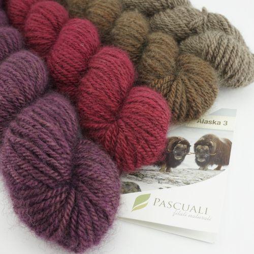 Alaska 3 . luxury yarn made from musk-ox hair 001