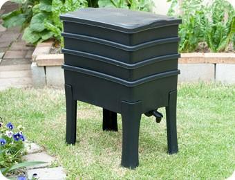 WURMFARM WURMKOMPOSTER WURMKISTE WORMCAFÉ von NATURSACHE - Komposter aus recyceltem Plastik - Wurmfarm für Küche, Balkon und Garten - ohne KOMPOSTWÜRMER & Zubehör – Bild 3