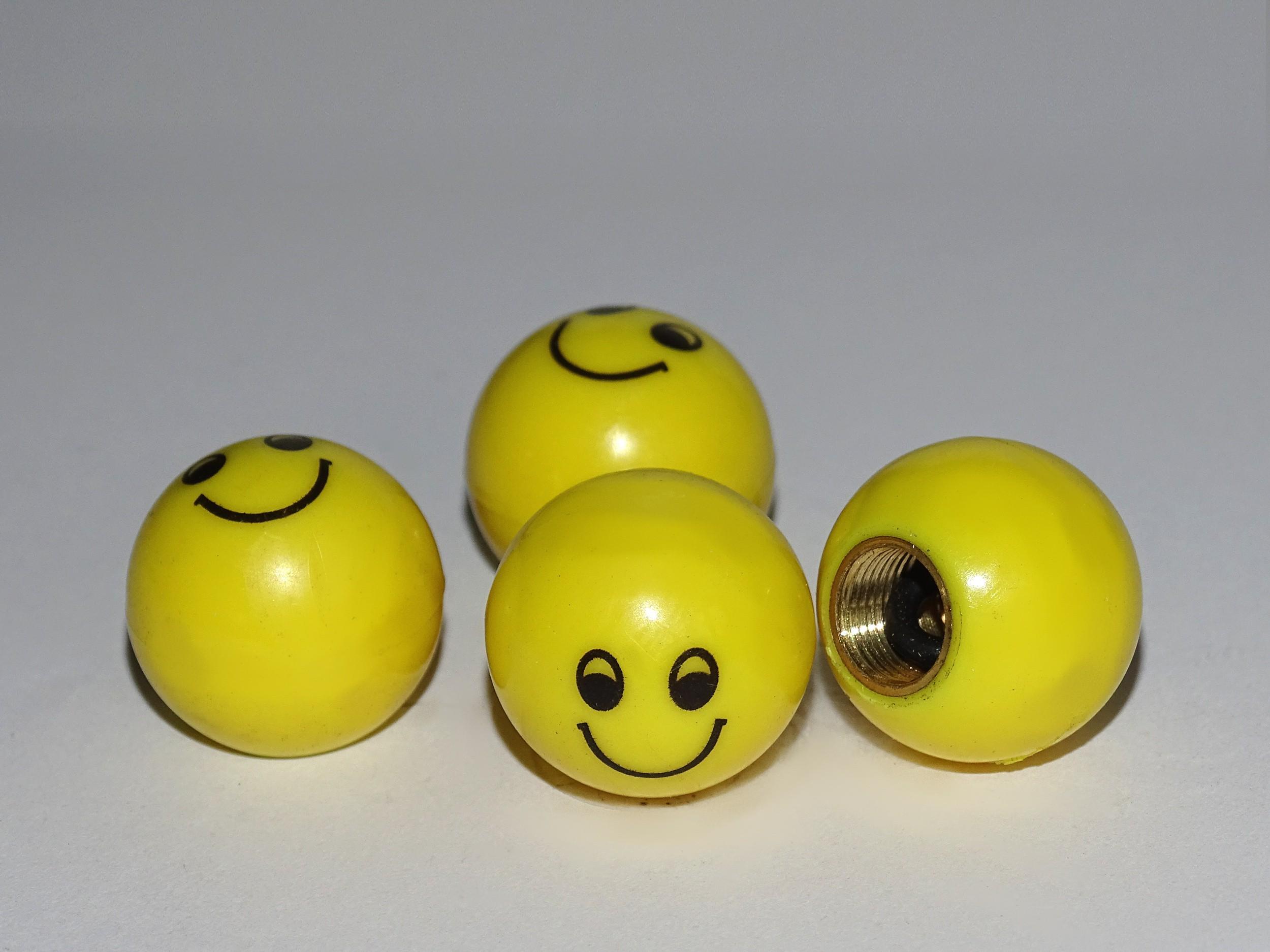 Vent-Caps Smiley set: 4 pieces – Bild 1