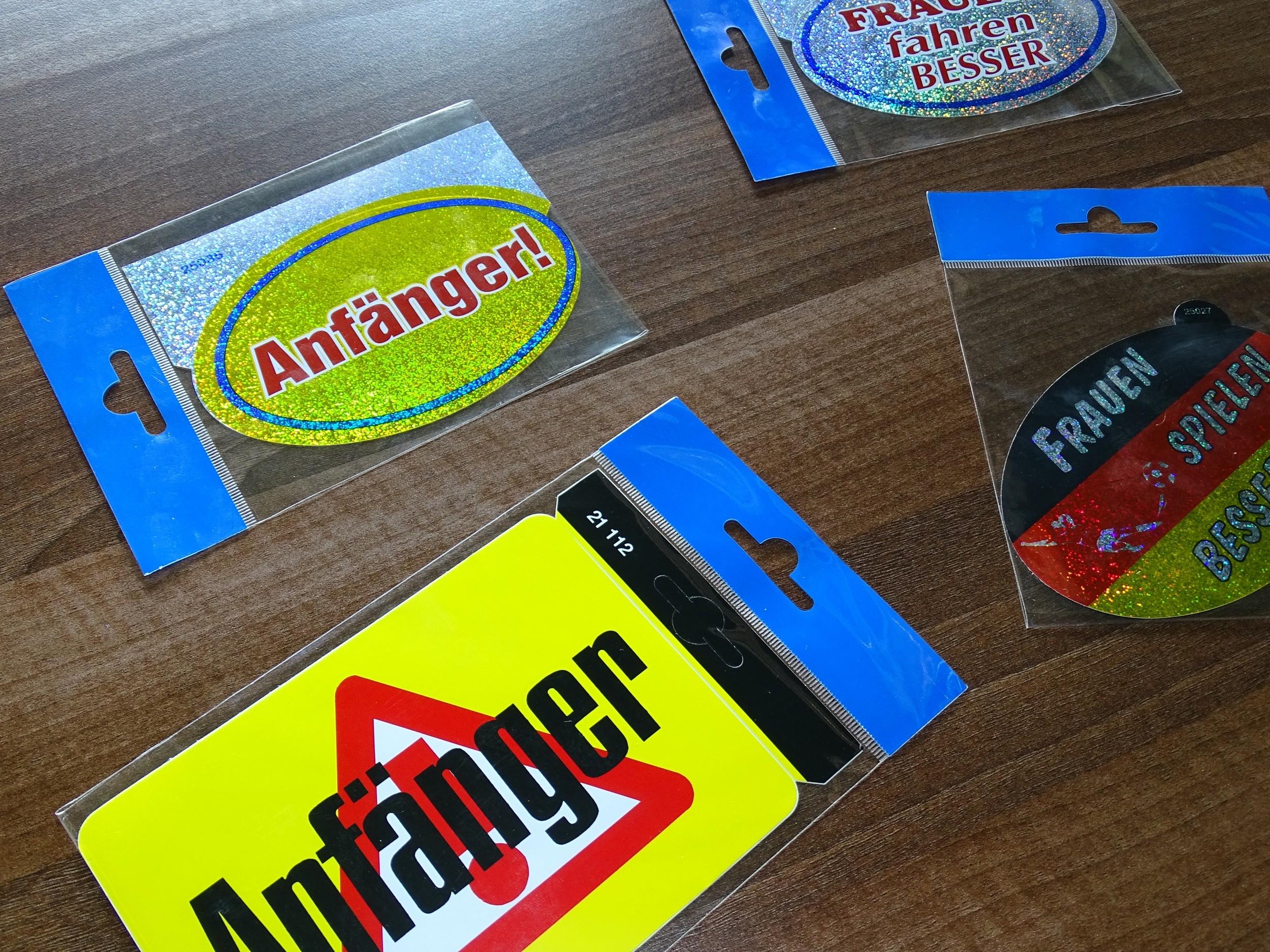 Sticker Frauen fahren besser holography – Bild 4