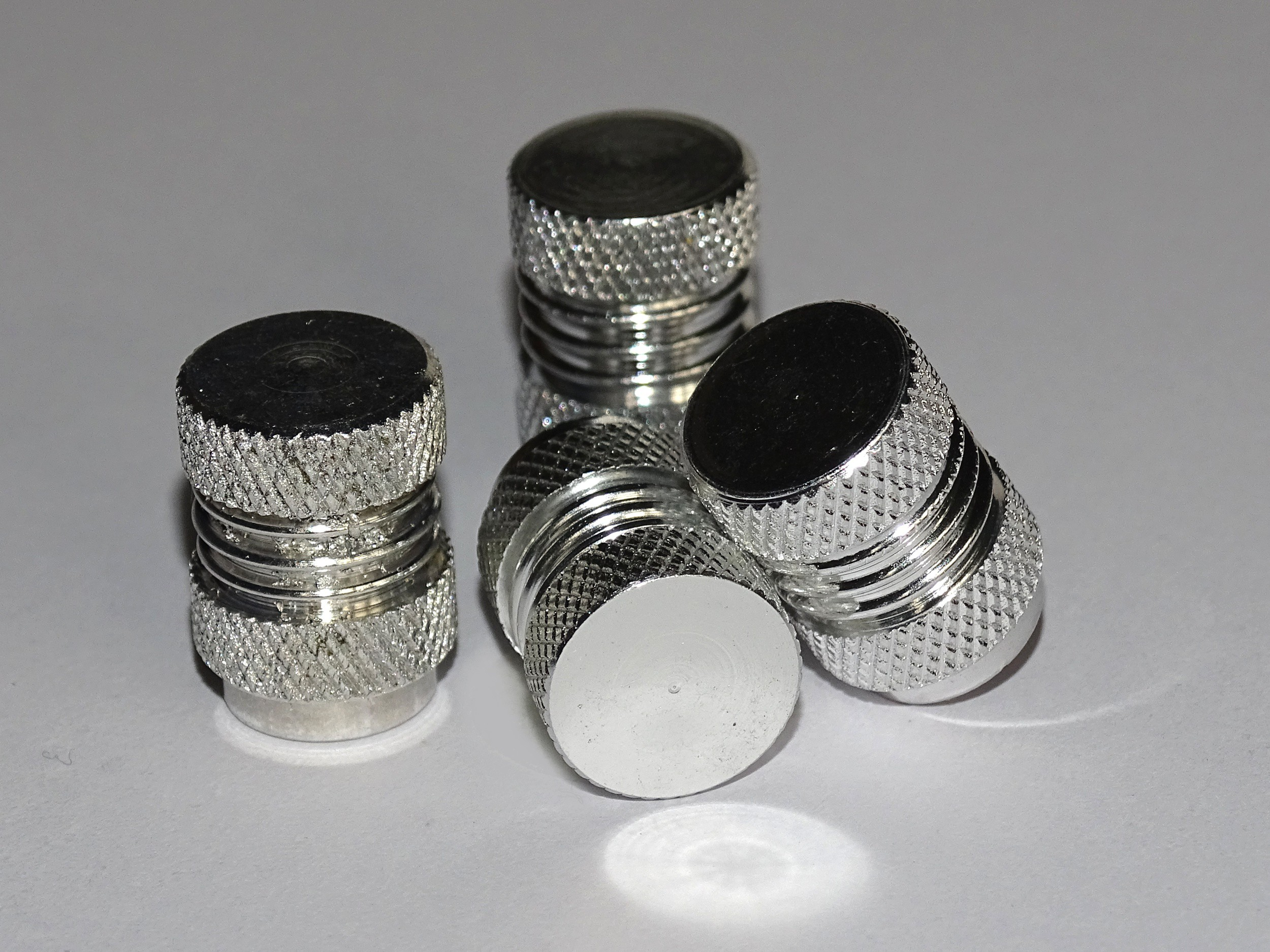 Vent-Caps neutral silver set: 4 pieces
