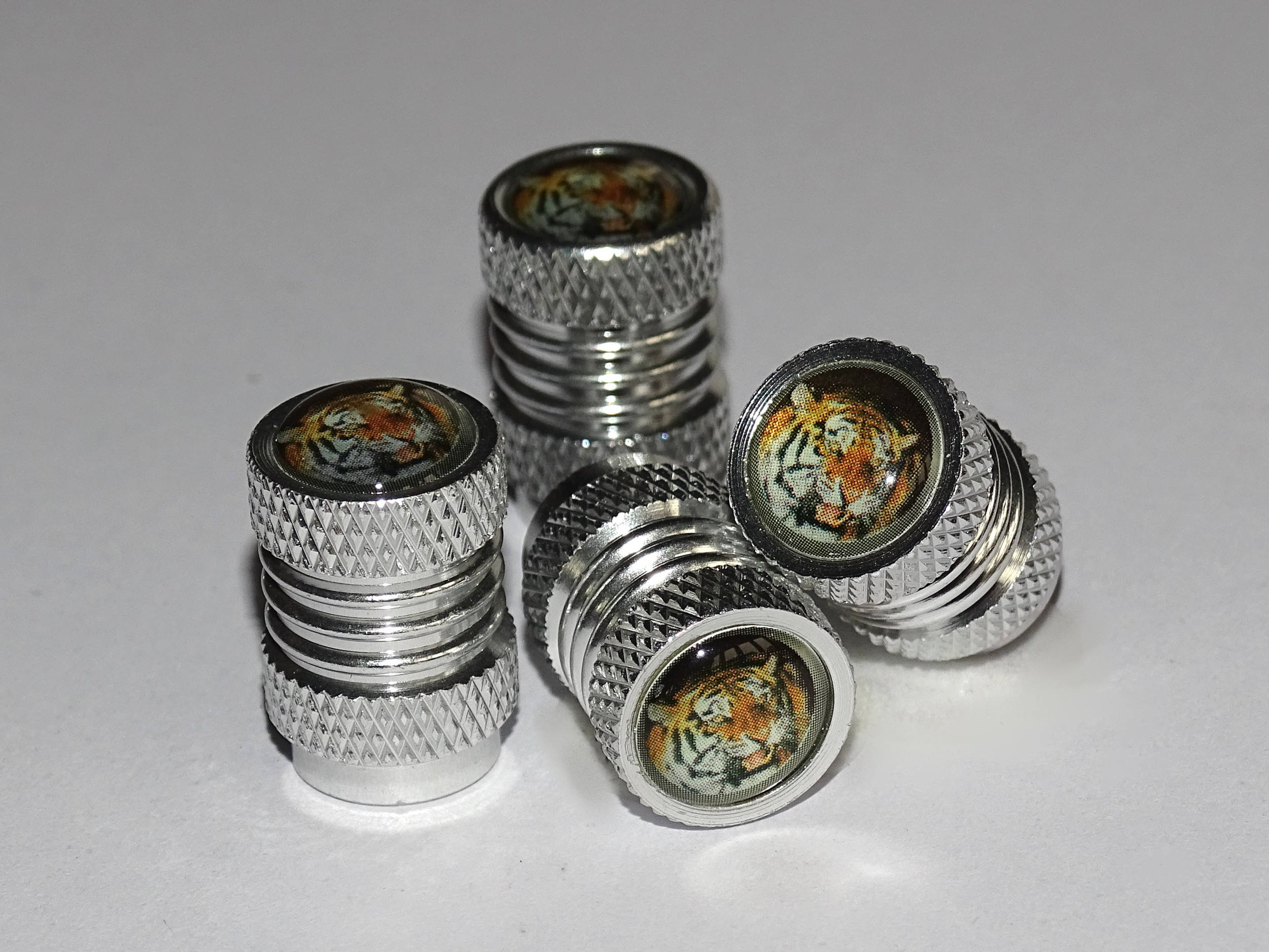 Vent-Caps Tiger set: 4 pieces