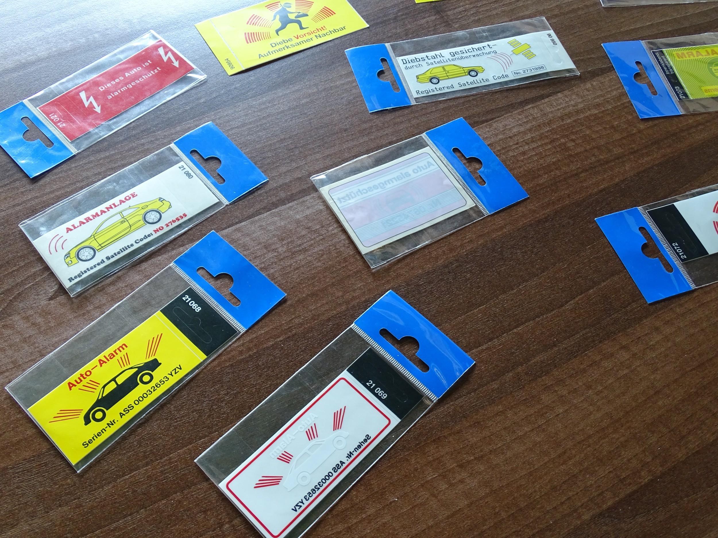 Sticker GPS Tracking Alarm 120 x 40 mm – Bild 4