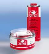 AKEMI Füll- und Ziehspachtel Nr. 4 + Härter (2,5 kg)