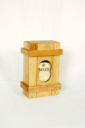 Flasche Getränk in Pandoras Box Schatztruhe Holz Puzzle Knobel IQ-Spiel