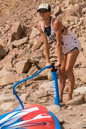 SHARK SUP 10′6 / 32'' / 5'' Lemon Shark Ride – Allround Inflatable Stand Up Paddle Board Komplettset – Bild 21