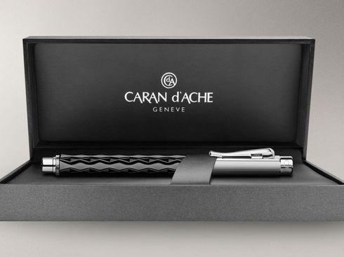 Caran d'Ache Roller- Faserschreiber Varius Ceramic black - 4470.109 – Bild 2