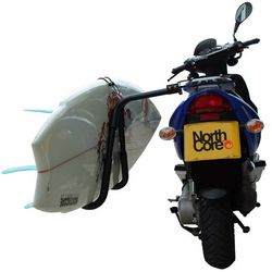 "Northcore ""Moto Rack"" Moped Surfboard Träger – Bild 1"