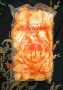 CASSAVA  CHIPS  MIT  CHILLI  250 g  MIRASA  INDONESIEN