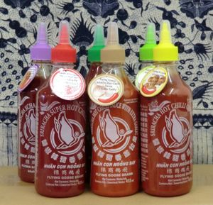 6 x Sriracha Chilisauce Alle Sorten je 455ml Flying Goose