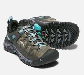 Keen Targhee III Damen Wanderschuhe flache Schuhe grau – Bild 2