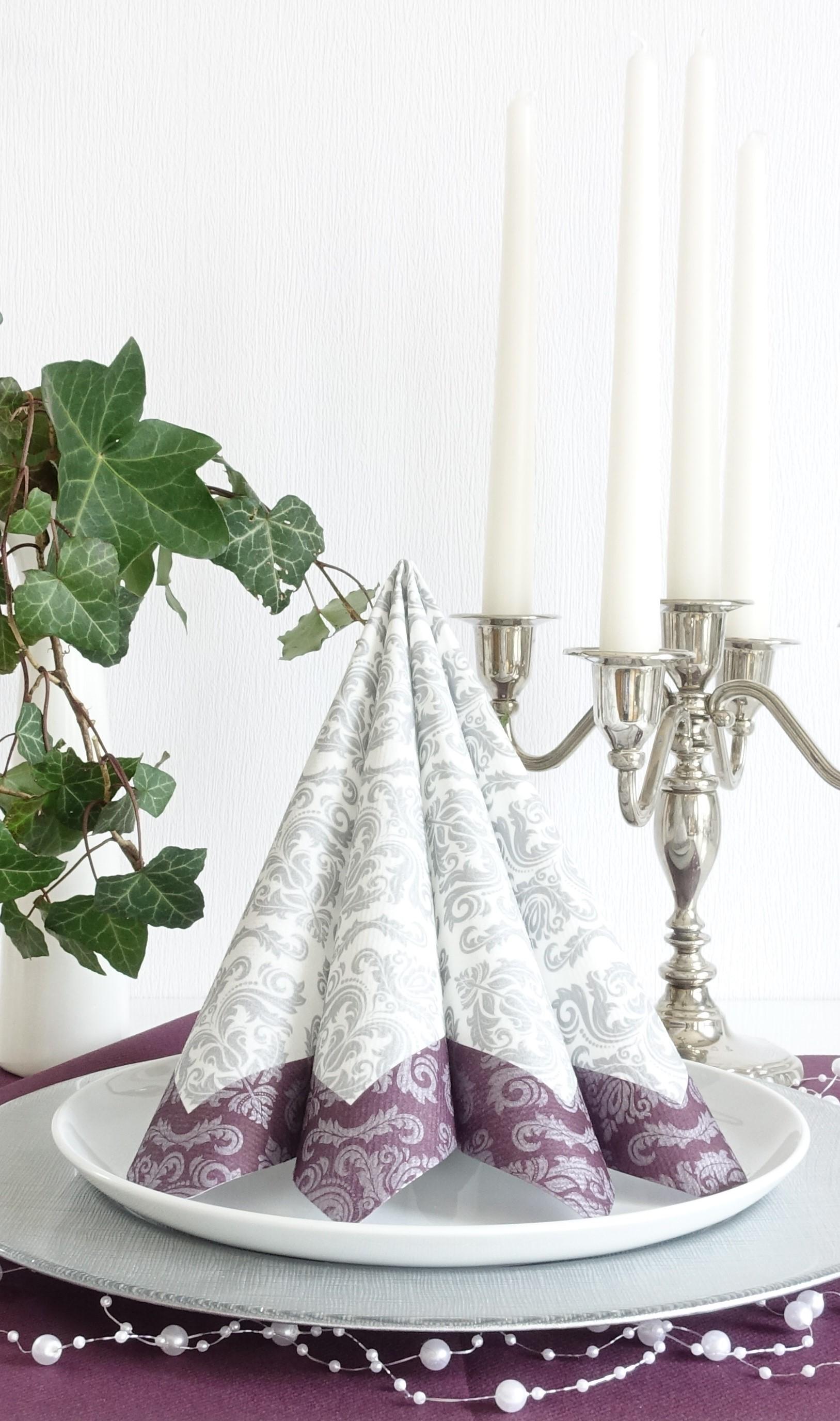 Servietten Ornament silber-lila