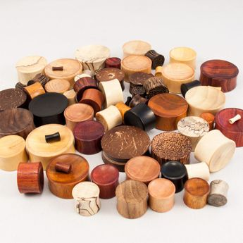 Concave Ear Plugs made of different woods – picture 4