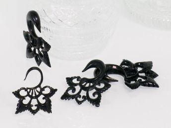 Black Horn Ear Stretcher Tribal Blossom – picture 3