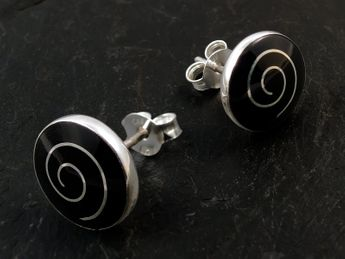 Round Silver Ear studs with Spiral – picture 2