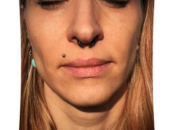 Septum oder Ohr Piercing Klaue aus Büffelhorn – Bild 4