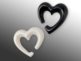 Heart Shaped Piercing Spiral Stretcher from Horn or Bone – picture 1
