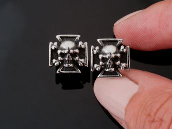 Stainless Steel Earstuds - Iron Cross with Skull and Crossed Bones – picture 2