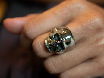 Stainless Steel Ring - Classic Skull – picture 3
