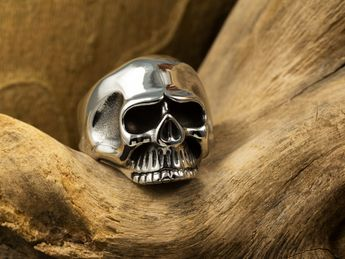 Stainless Steel Ring - Classic Skull – picture 5