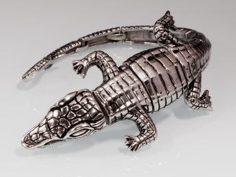 Wide crocodile stainless steel bracelet  – picture 1