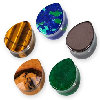 Teardrop shaped Flesh Plugs from different minerals – picture 1