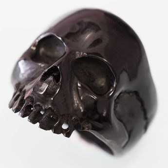 "Horn or Bone Ring "" Classic Skull"" – picture 1"