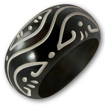 Ring from Blackened Bone with different Tribal Patterns – picture 3
