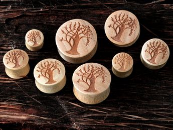 Laser Engraved Wood Plugs in various designs – picture 2