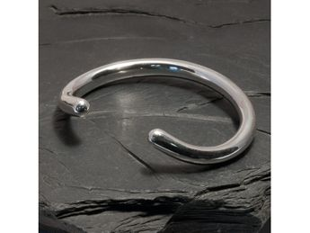 Simple Curved Bracelet from .925 Sterling Silver – picture 4