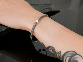 Artfully forged silver bangles in various elegant antique designs – picture 12