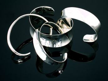 Simple and Elegant 925 Silver Designer Bangles in various widths – picture 7