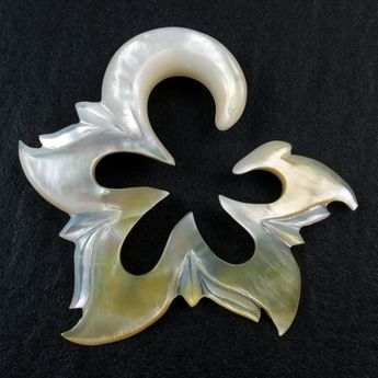 Mother of Pearl Spiral Stretcher - White Shell Flower – picture 3