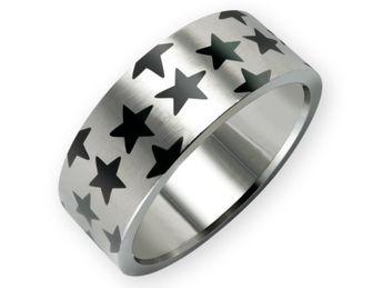 Black Stars Ring aus Edelstahl - Modeschmuck im 80er Stil