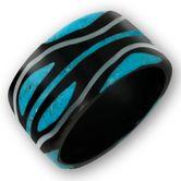 Schwarzer Horn Ring mit türkisem Tribal
