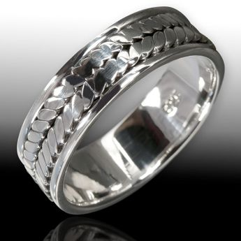 Celtic Silver Ring – picture 2