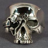 Totenkopfring aus Silber - Cyborg / Terminator 001