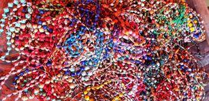 Halskette vom Witwenprojekt Butiru Uganda / Spende – Bild 1