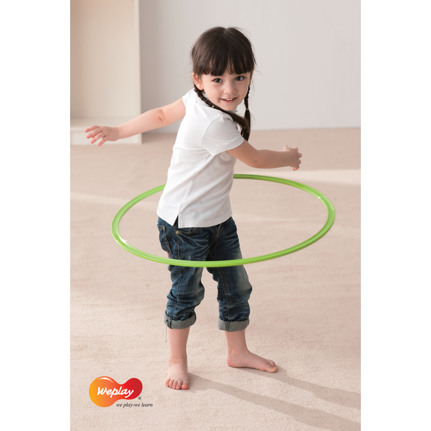 hula hoop reifen bunt 8 teilig von weplay g nstig bei mariposa toys kaufen. Black Bedroom Furniture Sets. Home Design Ideas