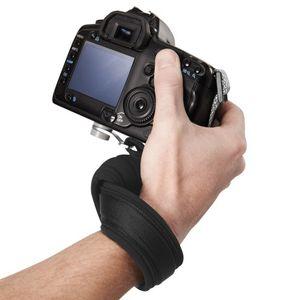 Pacsafe - Carrysafe 50 Armband für DSLR-Kameras